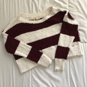 Hollister cropped knitted sweater
